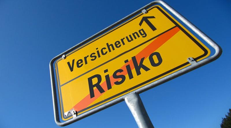 Schild Risiko - Versicherung