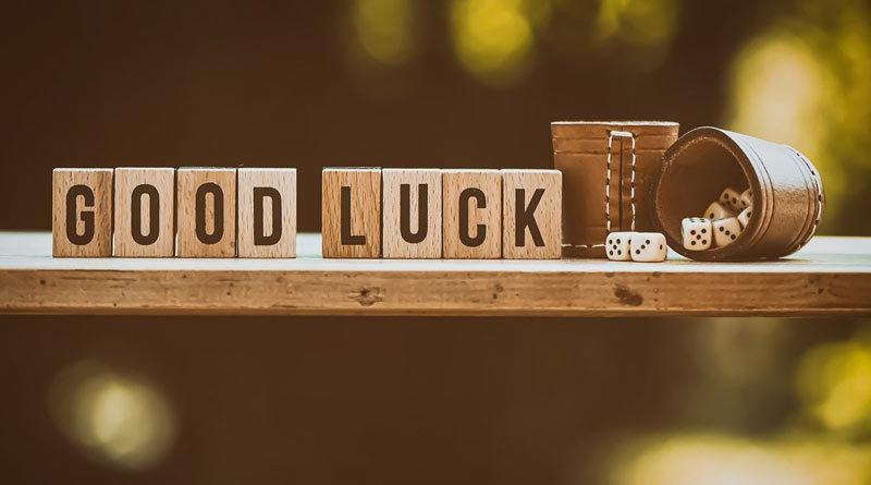 Text: Good Luck
